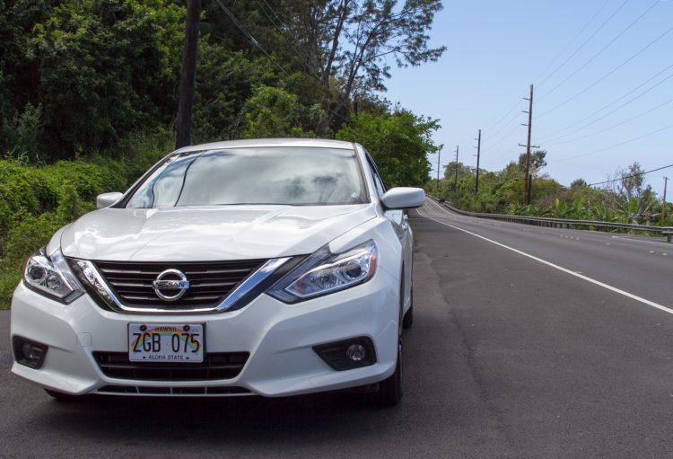 ハワイ島旅行にはレンタカーが必須